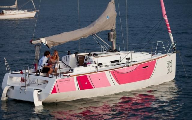2012 Beneteau First 30