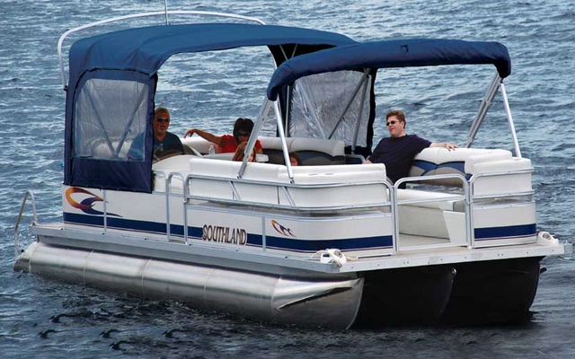 Southland Mistral 2486 2011