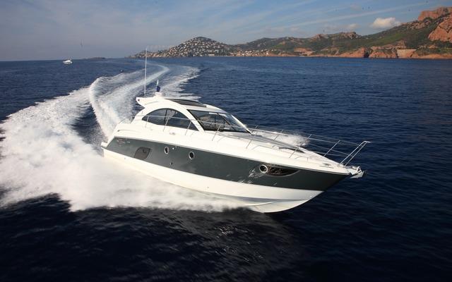 2013 Beneteau Flyer Gran Turismo 44
