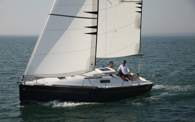 2013 Beneteau First 25