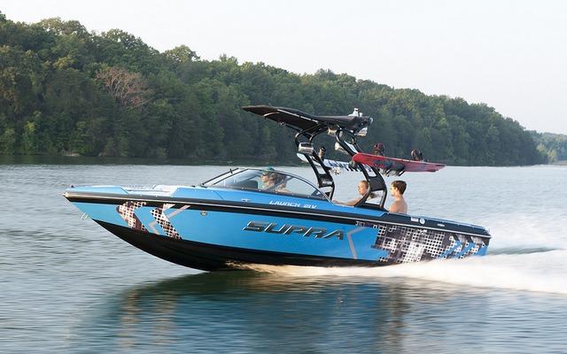 2013 Supra 21 V Launch