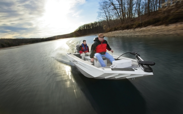 2014 Crestliner 1657 SS - Tests, news, photos, videos and