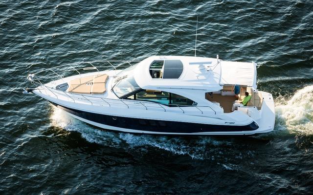 Cruisers 45 Cantilus 2014