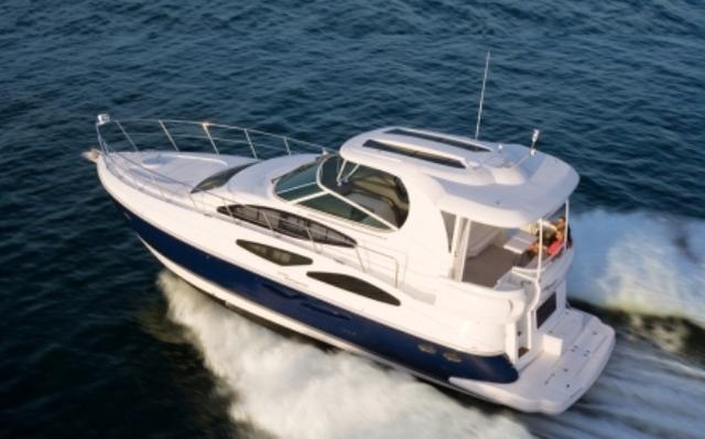 Cruisers 455 Express Motoryacht 2014