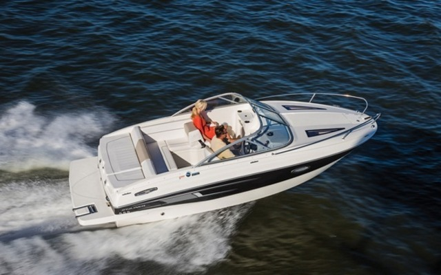 2016 Bayliner 642 Overnighter