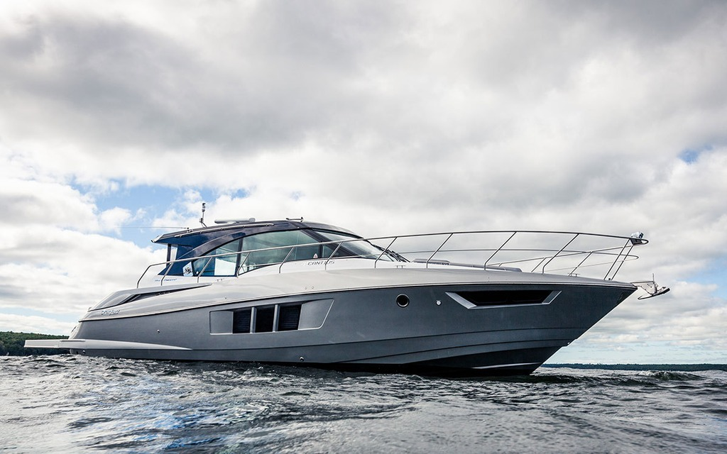 Cruisers 45 Cantilus 2016