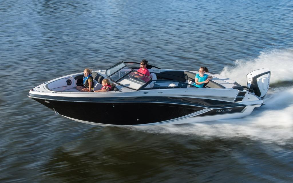 2018 Glastron GT 240 OB
