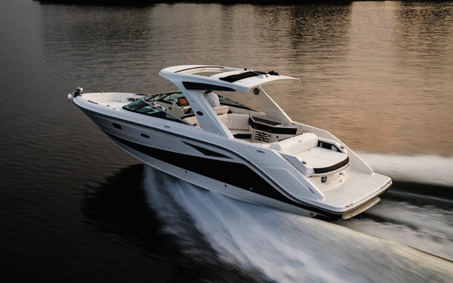 2019 Sea Ray SLX 310 - Tests, news, photos, videos and wallpapers