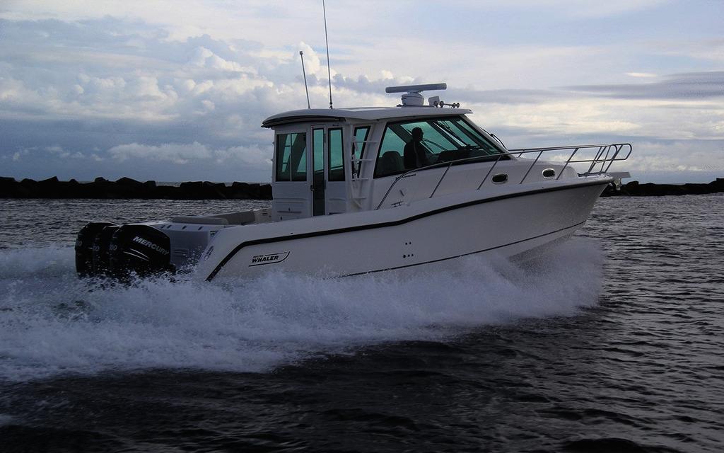 Boston Whaler 345 Conquest Pilot 2019