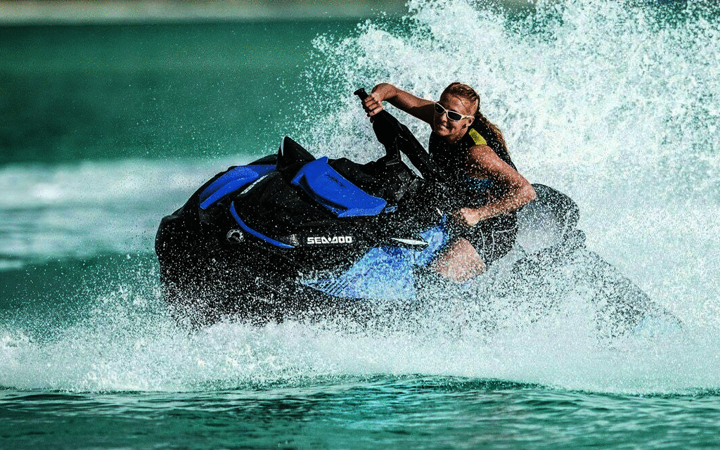 2019 SEA-DOO RXT 230 - Tests, news, photos, videos and