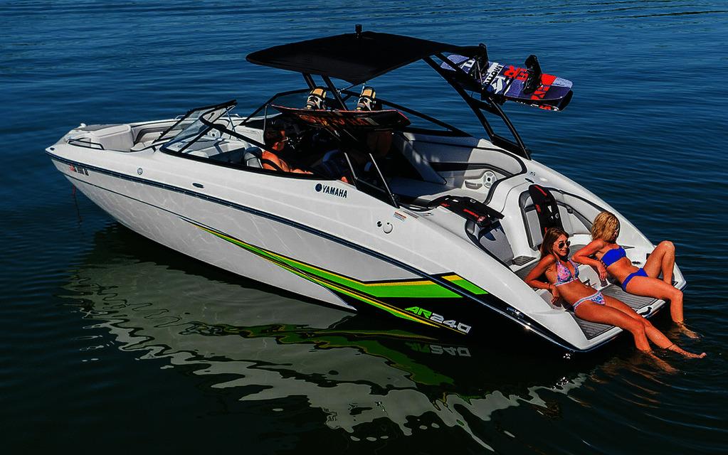 Yamaha AR240 2019