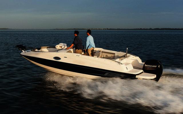 Bayliner 210 Deck Boat 2020